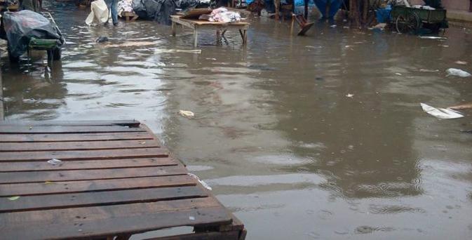 LA PLUIE FAIT ENCORE DES DEGATS Cimetières, commissariat et routes inondés