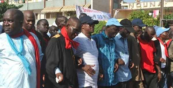 APRES LE DRAME DE MOUNA L'opposition attaque le pouvoir et envisage une journée nationale de prières