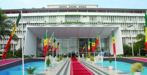 L'opposition perturbe l'Assemblée nationale : Des querelles de borne fontaine entre députés