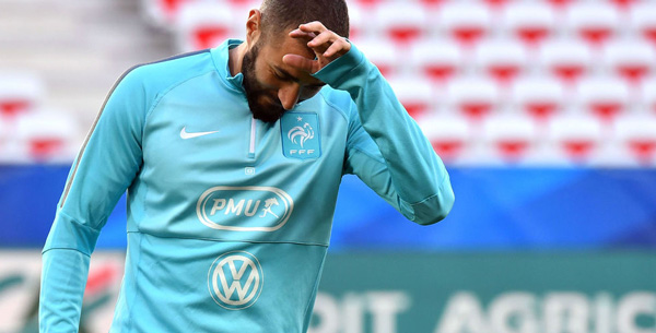 Karim Benzema «extrêmement choqué» par l'affaire du crachat