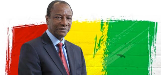 Guinée: Alpha Condé explique pourquoi il a coopté le Sénégalais Jacques Diouf
