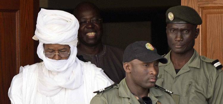 PROCES HABRE Ses avocats dénoncent une «condamnation avant l'heure»