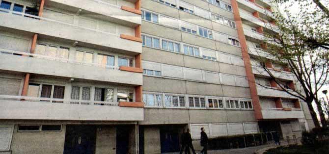Immeuble Kébé : nue comme un vers, la française saute du 7e étage et meurt