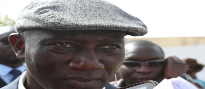 UCAD : Serigne MBACKE NDIAYE, dégaine son pistolet, son chargeur tombe