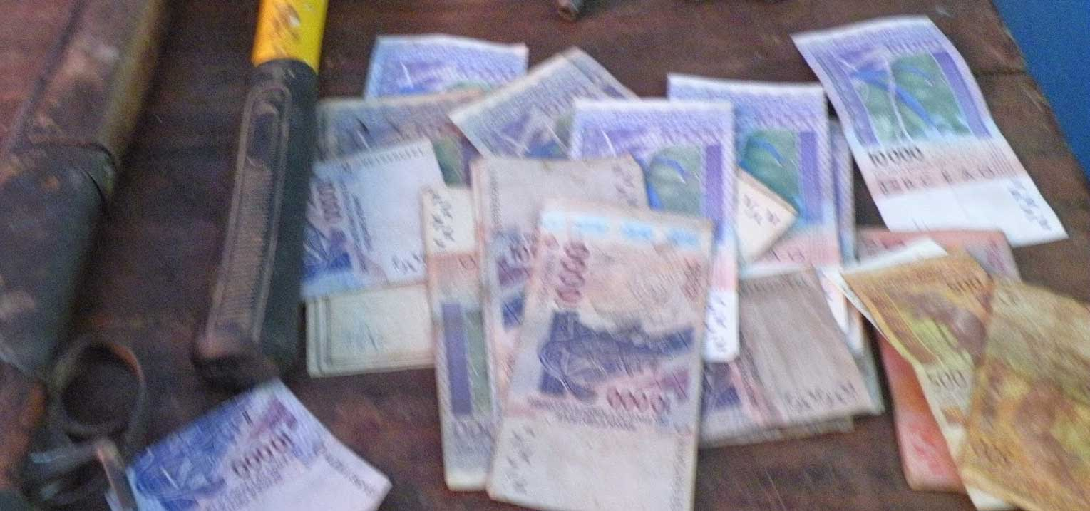 «Plus de 2 400 milliards sortent du Sénégal tous les ans en toute illégalité»