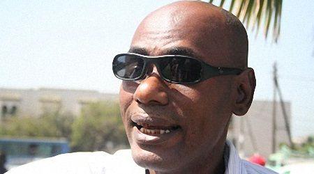 Youssou TOURE prévient ceux qui attaquent Marième FAYE SALL : « Nous pouvons riposter et violemment »