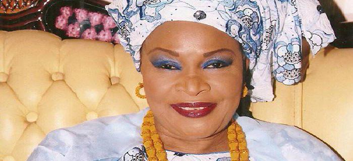Aida NDIONGUE récupère ses milliards en attendant Macky