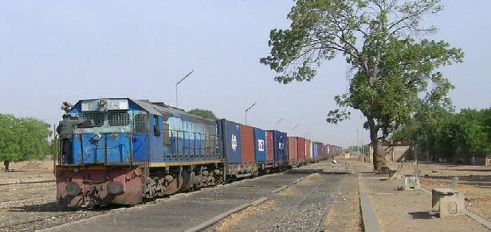 Dakar-Bamako-Ferroviaire à l'arrêt: L'intersyndicale des travailleurs du rail tape sur la table et menace
