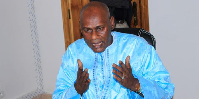 Youssou TOURE descend Y en a marre et dénonce son « ingratitude»