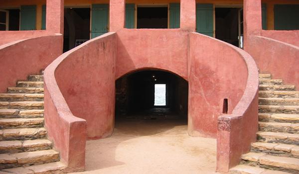 Revalorisation de  Gorée :   Vers un espace de dialogue sur la tragédie de la traite