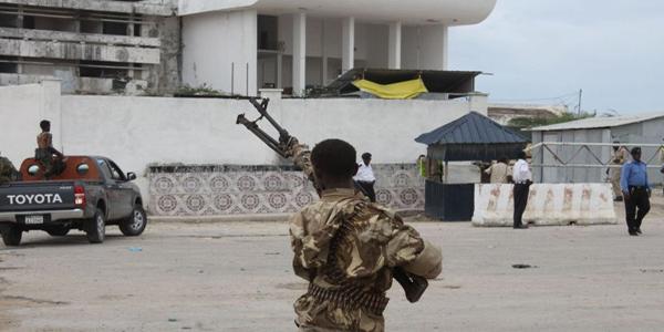 Somalie : 2 morts dans un attentat alors que le nouveau président prend ses fonctions