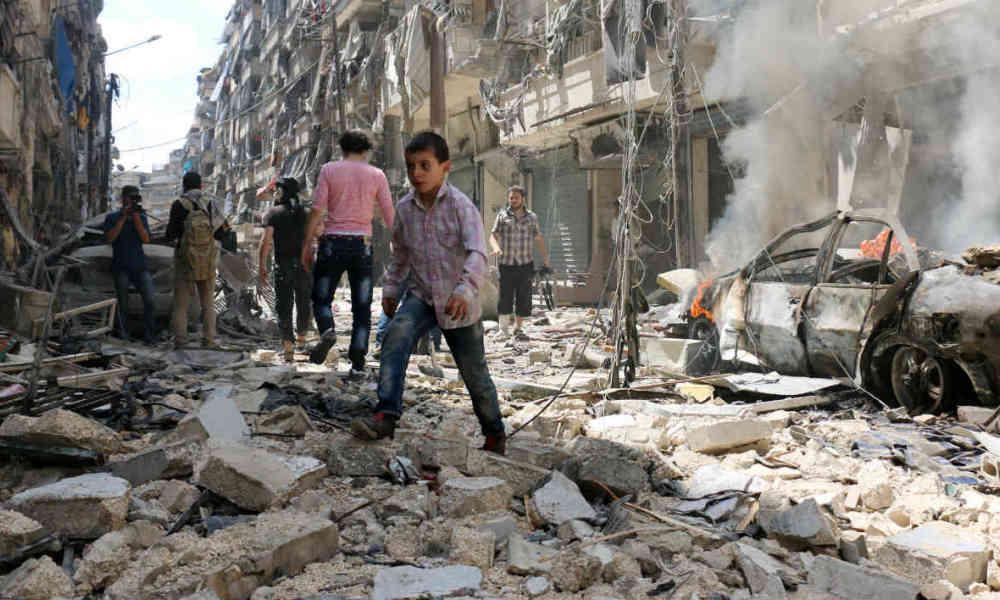 Syrie: L'EI exécute 24 civils après la conquête d'un village près de Minbej