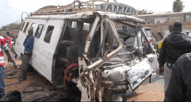 Saint-Louis : un car Ndiaga NDIAYE se renverse et fait plusieurs blessés