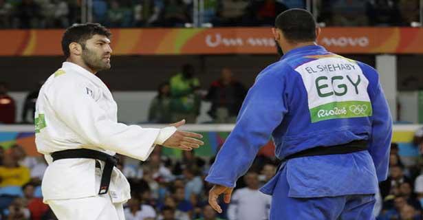 JO : le judoka égyptien refuse de serrer la main de l'Israélien et crée un incident diplomatique