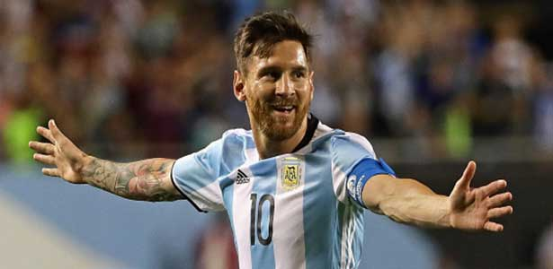 Messi rejoue avec l'Argentine et lui offre la victoire (vidéo)