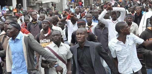 Mort de Mouhmed Fallou SENE : : Les étudiants de Ziguinchor  dans la rue