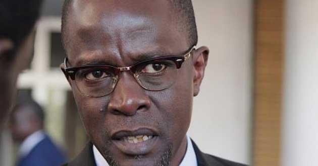 Le Soleil : le SYNPICS  invite Yakham MBAYE à annuler le « licenciement pour éternuement »