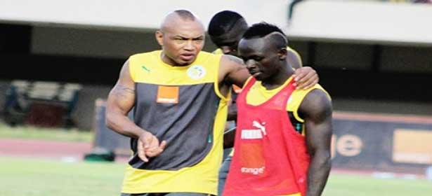 El Hadji DIOUF : «Sadio MANE a les qualités pour être le leader de cette équipe nationale »