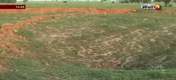 Keur Paffa Boury/ Kaolack: La terre glisse et engloutit 200m de terres cultivés (regardez)