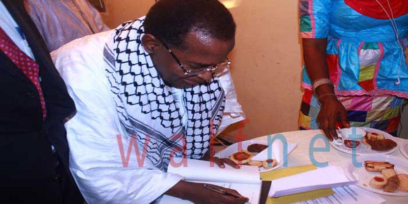 Revivez en images la cérémonie de dédicaces des livres de Sidi Lamine NIASSE