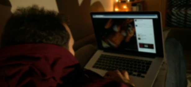 Amy Collé DIENG fait des émules : les vidéos attaquant Macky se multiplient