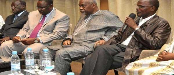 Des tenants du pourvoir dépassant l'âge de la retraite : Macky instaure la République des septuagénaires