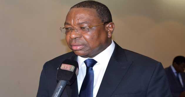 Crise gambienne : Dakar travaille sur «des solutions pacifiques» selon Mankeur Ndiaye