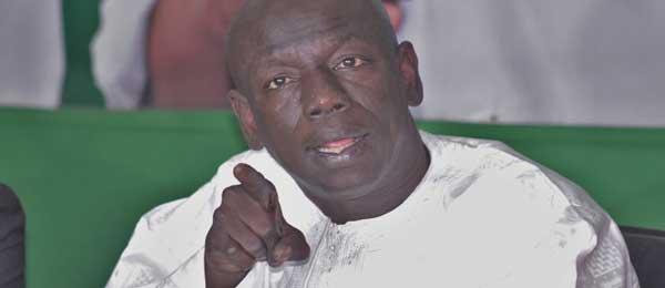 Rencontre des députés de BBY :   Aymerou Gningue et Abdoulaye Wilane se tirent dessus