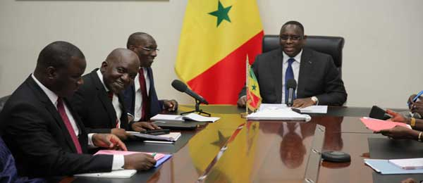 Unité de l'opposition: le dialogue de Macky disloque les alliances