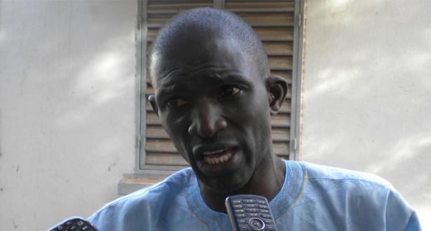 Ansoumana DIONE annonce un sit-in devant le Palais le 31 décembre