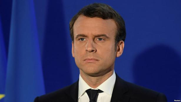 Immigration : ce que prépare Emmanuel Macron