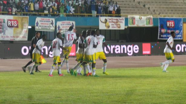 Sénégal – Guinée Equatoriale : Les Lions mènent à la mi-temps (1-0)