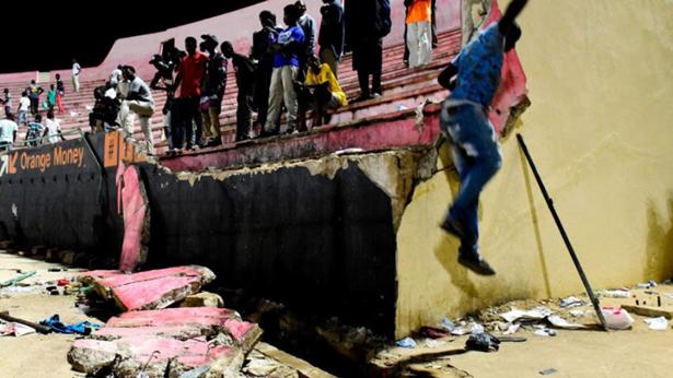 Drame au stade Demba DIOP : le gouvernement sort un vaccin après la mort