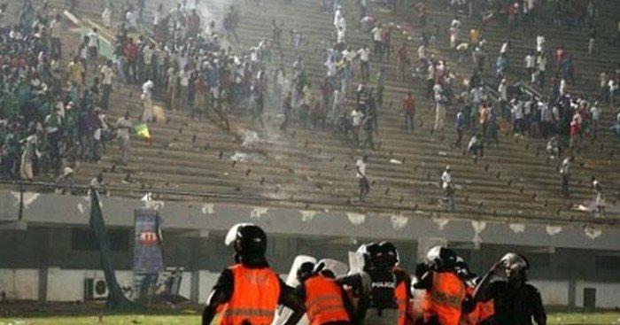 Drame au stade Demba DIOP : la police se lave à grande eau