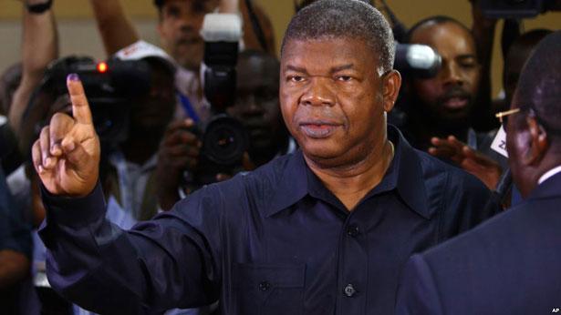 Angola: Joao Lourenço investi président