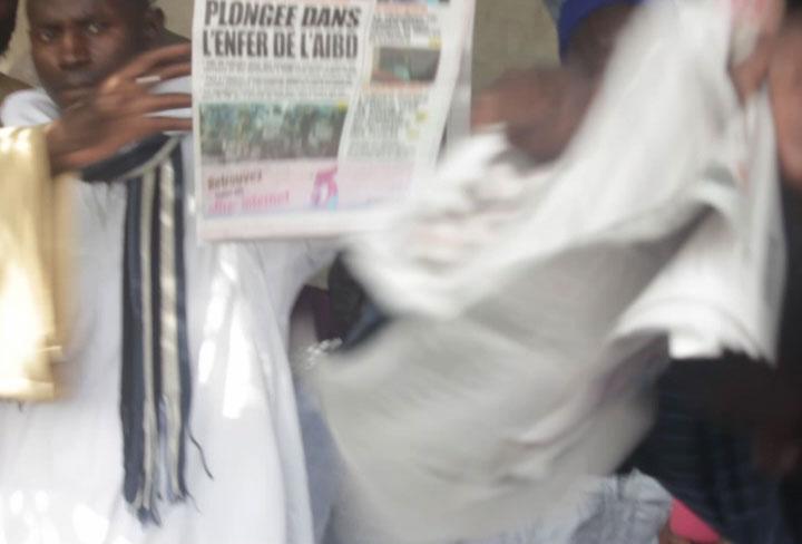 Touba: des maitres coraniques déchirent le journal L'Obs en public et menacent Mamadou Mouhamed NDIAYE