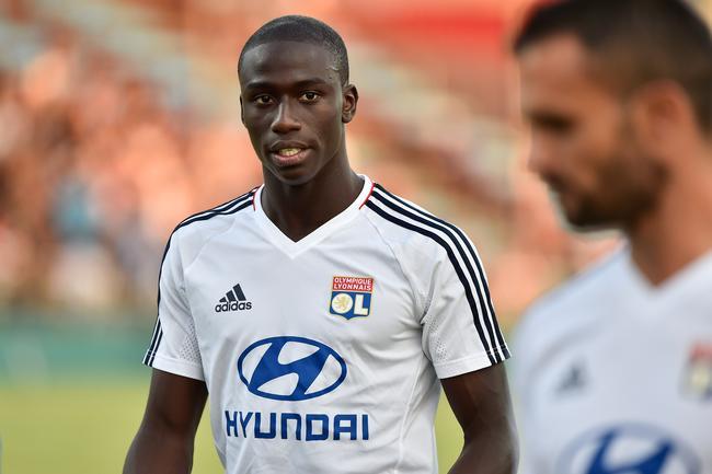 Convoqué par Deschamps, Ferland Mendy dit bye bye au Sénégal