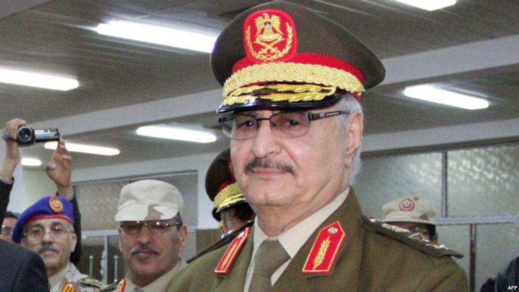 Libye : Haftar remet au gouvernement parallèle la gestion des terminaux pétroliers