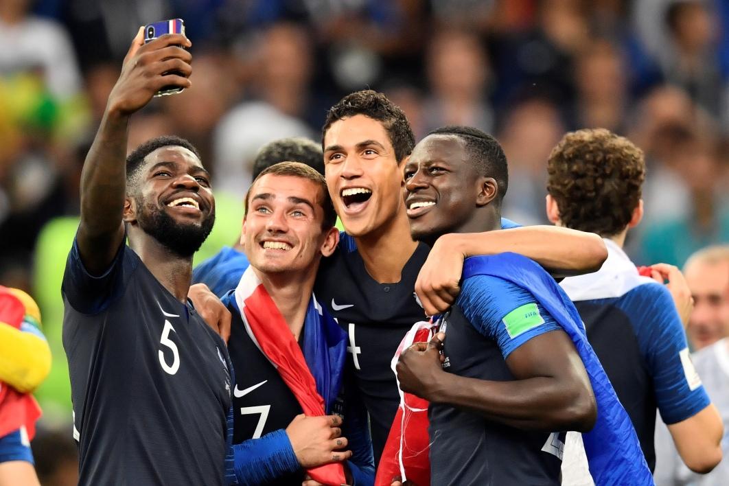 Les champions du monde de retour en France