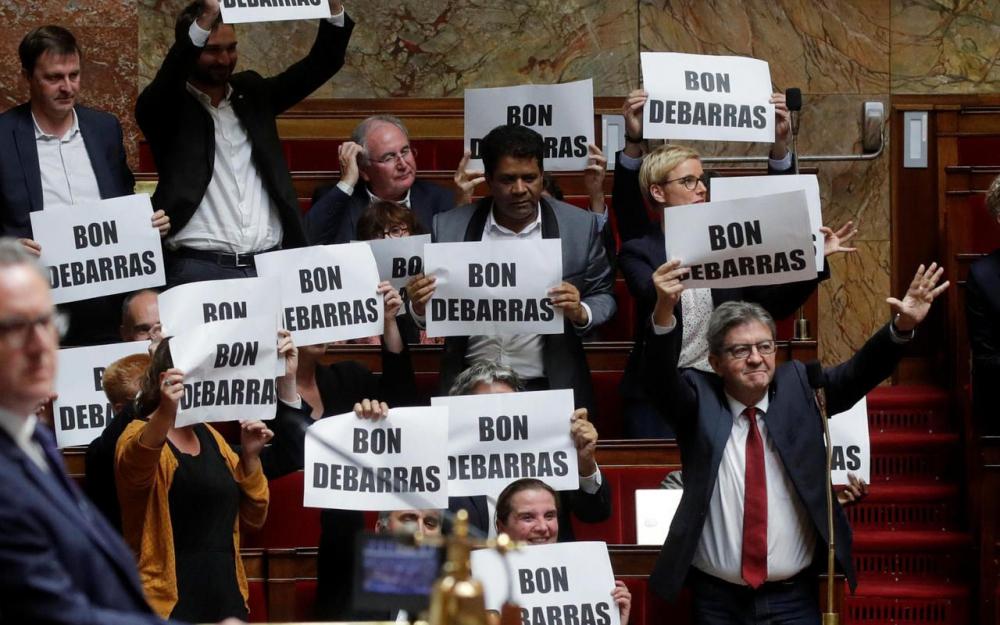 Le « bon débarras » des députés Insoumis à Manuel Valls qui se présente à la mairie de Barcelone
