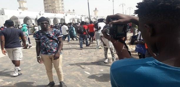 Selfies à Touba: les fidèles ignorent la fatwa