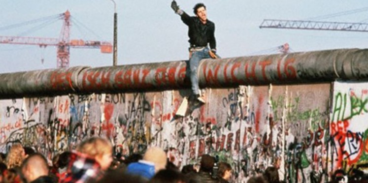 Faut-il reconstruire le mur de Berlin ? (Par Mohamed Lamine LY)