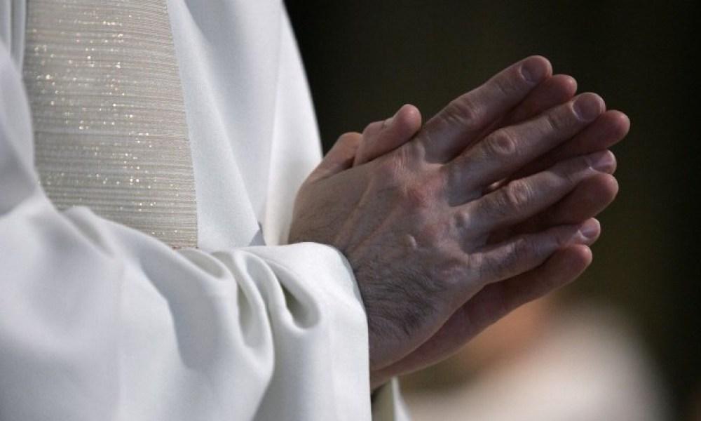 Etats-Unis : l'ordre des jésuites publie les noms de 200 prêtres pédophiles