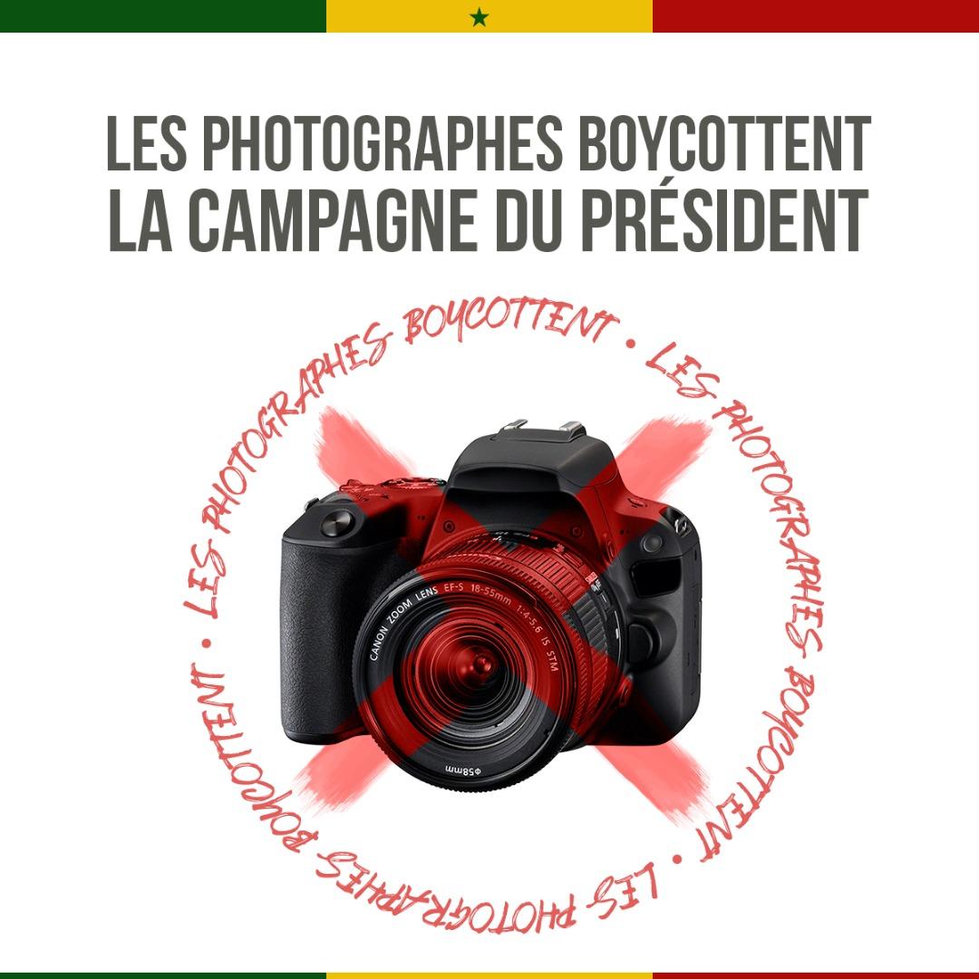 Les professionnels sénégalais ne lâchent pas Macky SALL et son photographe français