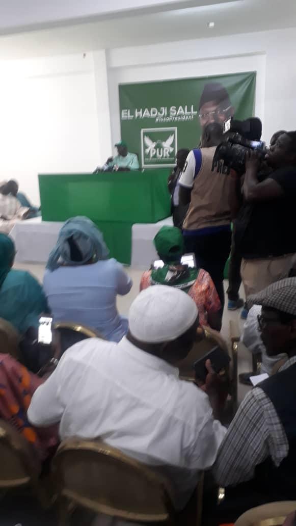 Professeur Issa SALL : « sans ma garde, je ne serais plus là »