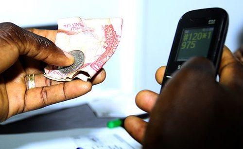 Mobile money : levée de boucliers en Côte d'Ivoire suite à la hausse des taxes