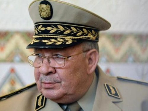 Algérie : les interdictions de sorties du territoire élargies à plus de 500 personnes