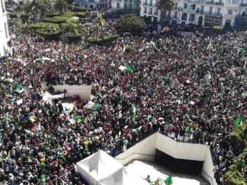 Algérie : 38e vendredi de contestation,  la rue droite dans ses bottes (vidéos)