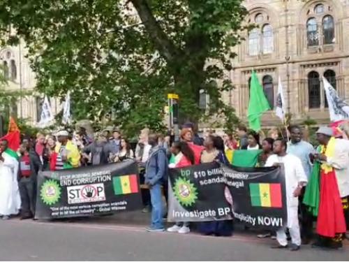 New York: Macky hué devant le siège de l'ONU et devant la Maison du Sénégal