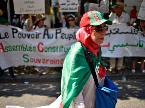 Algérie: le gouvernement réduit de 50% le budget de fonctionnement de l'Etat